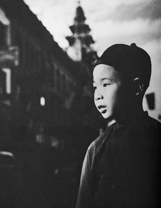 Boy in Chinatown, San Francisco; photo by Seymour Snaer